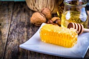 مكونات عسل المانوكا